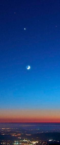 Mars, Venus, Saturn and the crescent moon over Poway, California
