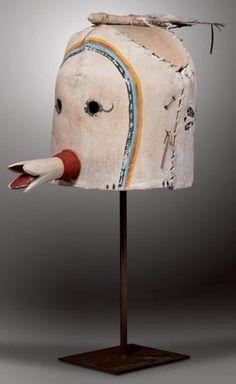 Masque Heaume Zuñi : Käna.kwe Mosona (Kana.kwe Chief). Zuñi, Nouveau-Mexique.