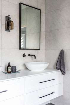 A flash back to a bathroom from last year. I'm just thinking what jobs I have ahead of me this year and when you tend to work on duplexes… Living Tv, Home And Living, Coastal Living, Interior Styling, Interior Decorating, Interior Lighting, Decorating Tips, Living Room Designs, Living Room Decor