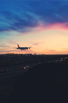 @kamplainnn ❃ airport photography sunset sunrise plane