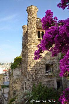 Villa Ebe, il castello di Pizzofalcone capolavoro di Lamont Young