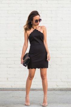 Ein kurzes schwarzes Kleid geht immer