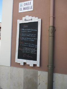 Pizarras marineras   madera recuperada.Grandes dimensiones Ideal hostería,bares,restaurantes,hoteles. Visitarnos en http://pizarrasdetiza.blogspot.com.es/