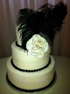 Vintage Sparkly wedding cake