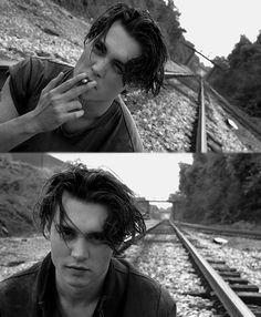 Johnny Depp #smoking #cigarettes