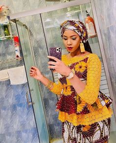 Combining ankara fabric with lace material is beautiful idea. Combining ankara and lace is boundless for whatever style you want. This collection showcases all manner of styles be it kaftan… African Dresses For Kids, Latest African Fashion Dresses, African Dresses For Women, African Print Fashion, Africa Fashion, African Attire, African American Fashion, African Fashion Traditional, African Print Dress Designs