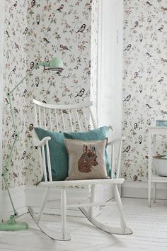 In modern Swedish apartments and houses, you can often watch the solution when one of the walls of the room is decorated with stylish expressive ✌Pufikhomes - source of home inspiration Decor, Bird Bedroom, Interior, Kids Room Printables, Bird Decor, Home Decor, Kids Interior, Toddler Rooms, Kid Room Decor