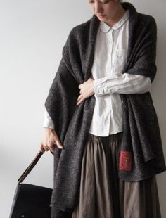 [Envelope Online Shop]Viola   beautiful details.  The smocking on this skirt makes me smile.