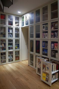 BookCase CP04 | interesting project , bookcase depth 70 cm. every 45 large cm. of door 1,40 mt. linear of books