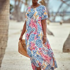 We're on island time.🌞🌊 #LoveWhatYouWear Woman Within, Comfy Dresses, Crinkles, Flare Skirt, Plus Size Dresses, Short Sleeve Dresses, Island, Casual, Skirts