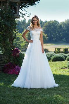 fbd296473a 3889 Wedding Dress from Sincerity Bridal