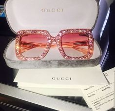 accessories, gucci, and sunglasses image Cute Jewelry, Jewelry Accessories, Fashion Accessories, Fashion Clothes, Trendy Accessories, Jewelry Necklaces, Hipster Kunst, Sacs Louis Vuiton, Lunette Style
