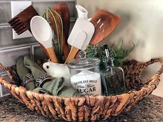 french country kitchen decor Kitchen Ideas, Kitchen Decor, Tiny House Nation, Tiny House Movement, Tiny House Design, Country Kitchen, Craft Gifts, French Country, Gift Ideas