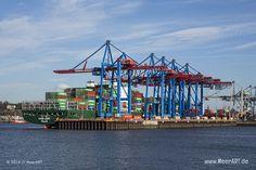 """Containerschiff """"EVER LUCID2 - IMO 9629055 // #HamburgerHafen #Hamburg #Schiffe #Containerschiff #Hafen #Ever #Lucid2 / gepinnt von www.MeerART.de"""