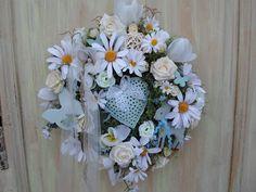 Türkranz Blütenkranz mit Herz Reh hellblau Frühling Wandkranz Wreath Handarbeit