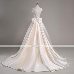 Lanting Bride® Linha A Vestido de Noiva Cauda Catedral Gola Alta Cetim / Tule com Com Apliques / Miçanga / Cristais de 4980599 2016 por R$675,97