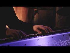 真荷舟 Live in Tokyo 2013 - Beautiful - YouTube