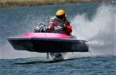 """Vintage Flat Bottom """"E Ticket"""" doing the Prop Hop! Fast Boats, Cool Boats, Speed Boats, Power Boats, Drag Boat Racing, Nhra Drag Racing, Boat Pics, Flat Bottom Boats, Boat Engine"""