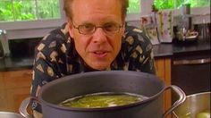 Get this all-star, easy-to-follow Chicken Stock recipe from Alton Brown