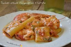 Paccheri cremosi con gamberoni e burrata Creamy paccheri with prawns and burrata: a combination . Fish Recipes, Pasta Recipes, Cooking Recipes, Italian Pasta, Pasta Dishes, My Favorite Food, Italian Recipes, Love Food, Food To Make