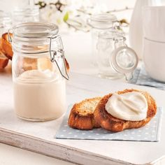 Apple butter with maple, Sauce A Fondue, Brunch Recipes, Dessert Recipes, Yummy Drinks, Yummy Food, A Food, Food And Drink, Christmas Jam, Flavored Butter