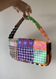 Mode Vintage, Vintage Bags, Aesthetic Bags, Bag Women, Patchwork Bags, Patchwork Designs, Patchwork Patterns, Crochet Motif Patterns, Crazy Patchwork