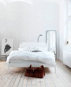 'Minimal Interior Design Inspiration' is a biweekly showcase of some of the most perfectly minimal interior design examples that we've found around the web - all for you to use as inspiration.Previous post in the series: Minimal Interior Design Inspiration #66Don't miss out on UltraLinx-related content straight to your emails. Subscribe here.
