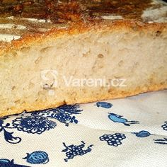Kvásek z hladké bílé chlebové mouky recept - Vareni.cz Banana Bread, Food And Drink, Desserts, Tailgate Desserts, Deserts, Postres, Dessert, Plated Desserts