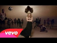 ▶ Shakira - La La La (Brazil 2014) ft. Carlinhos Brown -EOS C 300