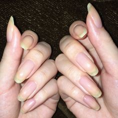 Summer is hot, you should learn the design of these 12 nails and be bold to use the color. Summer Acrylic Nails, Acrylic Nail Art, Mani Pedi, Manicure And Pedicure, Long Nail Beds, Long Natural Nails, Cat Nails, Strong Nails, Nail Blog