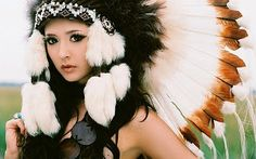 ...Indian headpieces. No disrespect meant to native Indians, but I'd like to have one for myself. Just because.