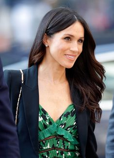 Meghan Markle wore her hair up in coiled twists for the royal wedding—see her bridal hair look. Meghan Markle Hair, Meghan Markle Style, Diana Spencer, Princess Meghan, Prince Harry And Megan, Before Wedding, Princesa Diana, Divas, Amanda