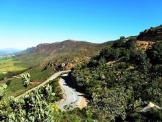 Versfeld Pass View from the pass Juhan Jo I Am An African, Mountain Pass, Extreme Weather, Vroom Vroom, Geology, South Africa, Birth, Landscapes, Scenery
