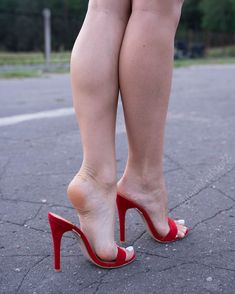 As you know I am making a paid website which will be dedicated to feet content. Today had another video/photo shoot with a new model. Beautiful High Heels, Gorgeous Feet, Beautiful Legs, Sexy Legs And Heels, Red Heels, Stockings Heels, Sexy Sandals, Sexy Toes, Women's Feet