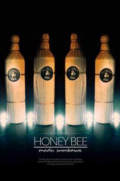 Honey Bee Sumbawa Black Herbal merupakan madu hitam hutan sumbawa yang diproses dengan bahan herbal pilihan yang berkhasiat untuk kesehatan.  we are different we are wild honey