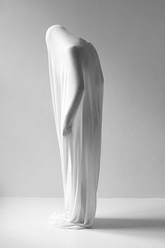 human sculpture, work by Joakim Heltne. Human Sculpture, Sculpture Art, White Photography, Fashion Photography, Fabric Photography, Photomontage, Sculpting, Pure Products, Black And White