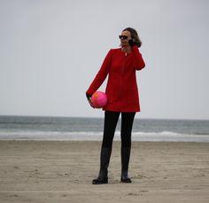 Mein rotes Mäntelchen von NWE LOOK passt sowohl nach Berlin, als auch auf eine Nordeeinsel :)