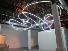 Lucio Fontana Struttura al neon per la IX Triennale di Milano…