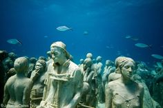 Underwater sculpture by Jason deCaires Taylor in Isla Mujeres National Marine Park near Cancun, Mexico Under The Water, Under The Sea, Underwater Sculpture, Underwater Art, Underwater Photographer, Underwater Images, Underwater Museum Mexico, Jason Decaires Taylor, Wanderlust