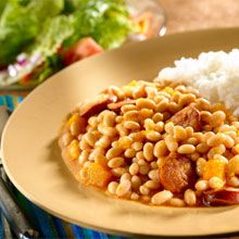 Small White Beans and Rice: Every recipe tastes much better with the GOYA® products in your pantry. Share this and other recipes with family and friends and enjoy!
