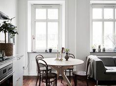 Small apartment via Stadshem gravityhomeblog.com - instagram - pinterest - bloglovin