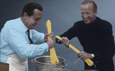 Alberto Sordi and David Niven spaghetti behind the scenes