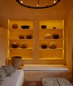 Nestled in the historical city center, Hotel Escondido Oaxaca is a magical blend of Old World authenticity and contemporary allure, infused with works of local artisans. Underground Bar, Small Boutique Hotels, Spa Design, Design Hotel, Bohemian Room, Covered Pergola, Boutique Design, Hotel S, Brutalist