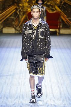 Dolce & Gabbana Spring 2019 Menswear Milan Collection - Vogue