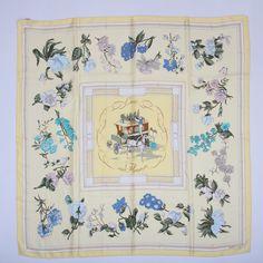 242 Best Le fameux carré!!!!!! images   Hermes scarves, Silk scarves ... d735616621b