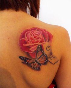 Tatuaggio colori, farfalla, farfalla monarca, Femminili, realistici, rosa, schiena realizzato dal tatuatore IRON COLOR TATTOO - paolo