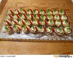 Yummy Appetizers, Appetizer Recipes, Asia Salat, Czech Recipes, Ethnic Recipes, Party Sandwiches, Party Trays, Cupcakes, Snacks
