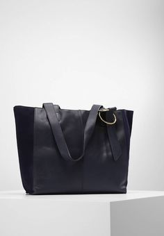 """mint&berry. Handbag - navy. Pattern:plain. Fastening:Magnet. Compartments:mobile phone pocket. length:12.5 """" (Size One Size). width:4.5 """" (Size One Size). Lining:Cotton. carrying handle:10.0 """" (Size One Size). Outer material:..."""