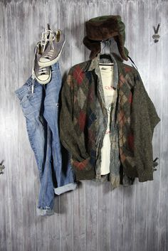Outfit inspired by Kurt Cobain and his final photoshoot with photographer Jesse Frohman.