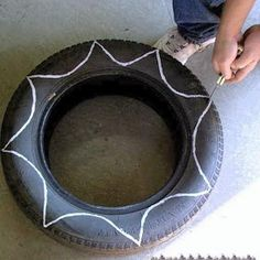 Diy Flower Shaped Planter From Old Tire : How to make a pot / planter. Diy Flower Shaped Planter From Old Tire - Step 2 Cool flower shaped planters made out of old tires will bring a new life to your garden. Flower Planters, Garden Planters, Flower Pots, Old Tire Planters, Garden Crafts, Garden Projects, Tire Craft, Tire Garden, Tyres Recycle